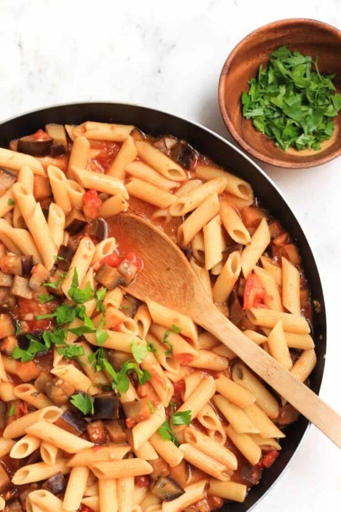 40 Vegan Eggplant Recipes - Garlic Eggplant Penne Pasta | Hurry The Food Up