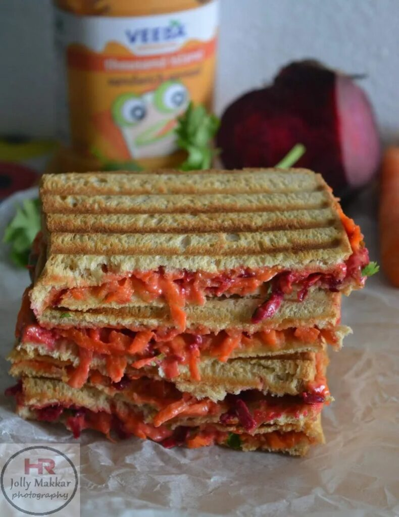 50 Vegetarian Recipes for Kids - Beetroot Carrot Sandwich Recipe | Hurry The Food Up
