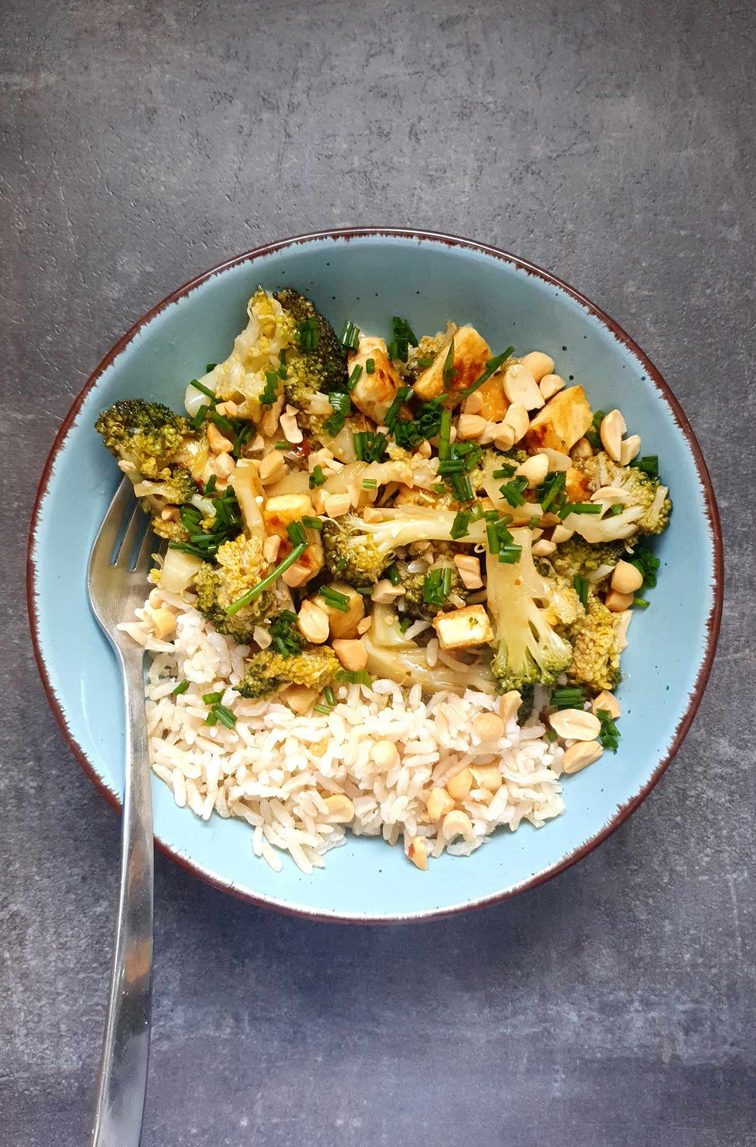 Easy Broccoli Stir Fry with Brown Rice