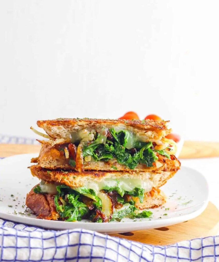 30 Best Veggie (Vegetarian) Sandwich Recipes - Kale and Caramelised Onion Veggie Panini | Hurry The Food Up