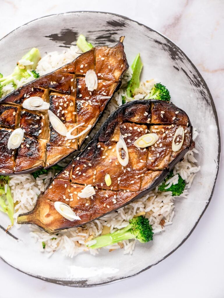 40 Delightful Vegetarian Eggplant Recipes (Vegetarian Aubergine Recipes) - Miso-glazed Aubergine | Hurry The Food Up