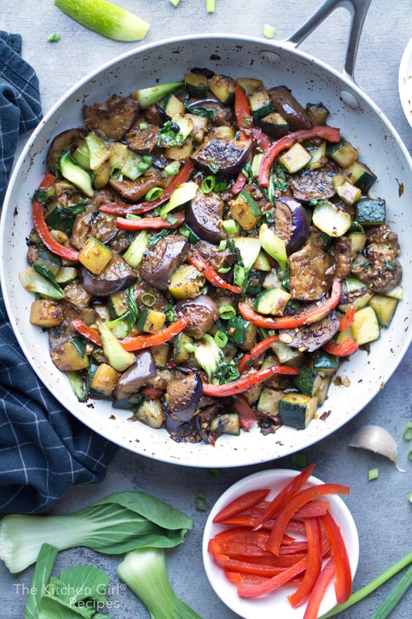 20 Best Vegetarian Stir Fry Recipes - Stir Fry Veggies with Black Bean Sauce | Hurry The Food Up