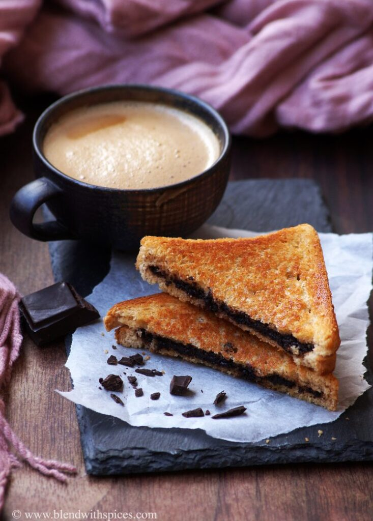 30 Best Veggie (Vegetarian) Sandwich Recipes - Grilled Chocolate Sandwich | Hurry The Food Up