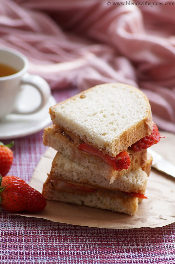 30 Best Veggie (Vegetarian) Sandwich Recipes - Peanut Butter and Strawberry Sandwich | Hurry The Food Up