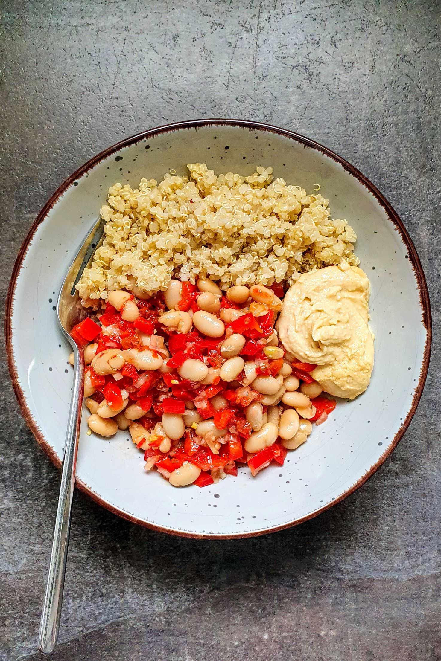 white bean salad with quinoa