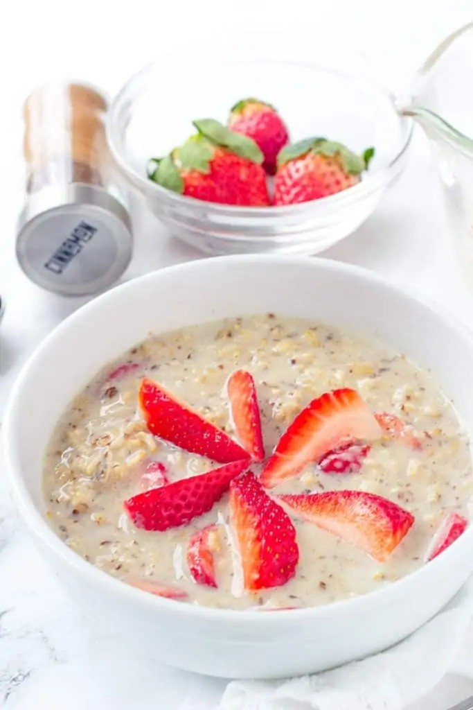 50 Vegetarian Recipes for Kids - Strawberries and Cream Oatmeal | Hurry The Food Up