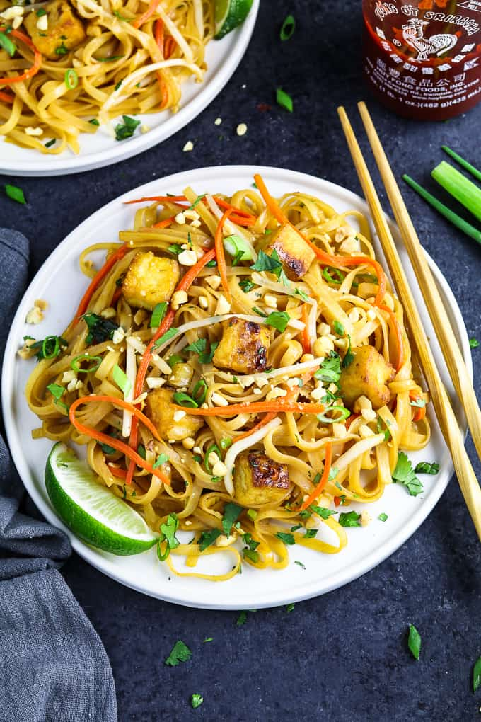 20 Vegan Stir Fry Recipes - 30 Minute Vegan Pad Thai | Hurry The Food Up