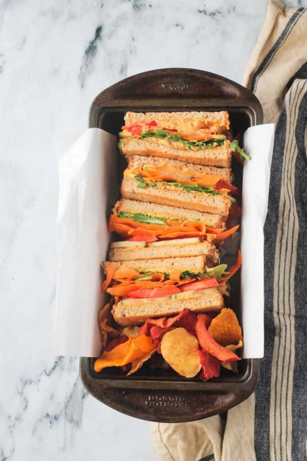 30 Best Vegan Sandwich Recipes - Veggie Hummus Sandwich | Hurry The Food Up