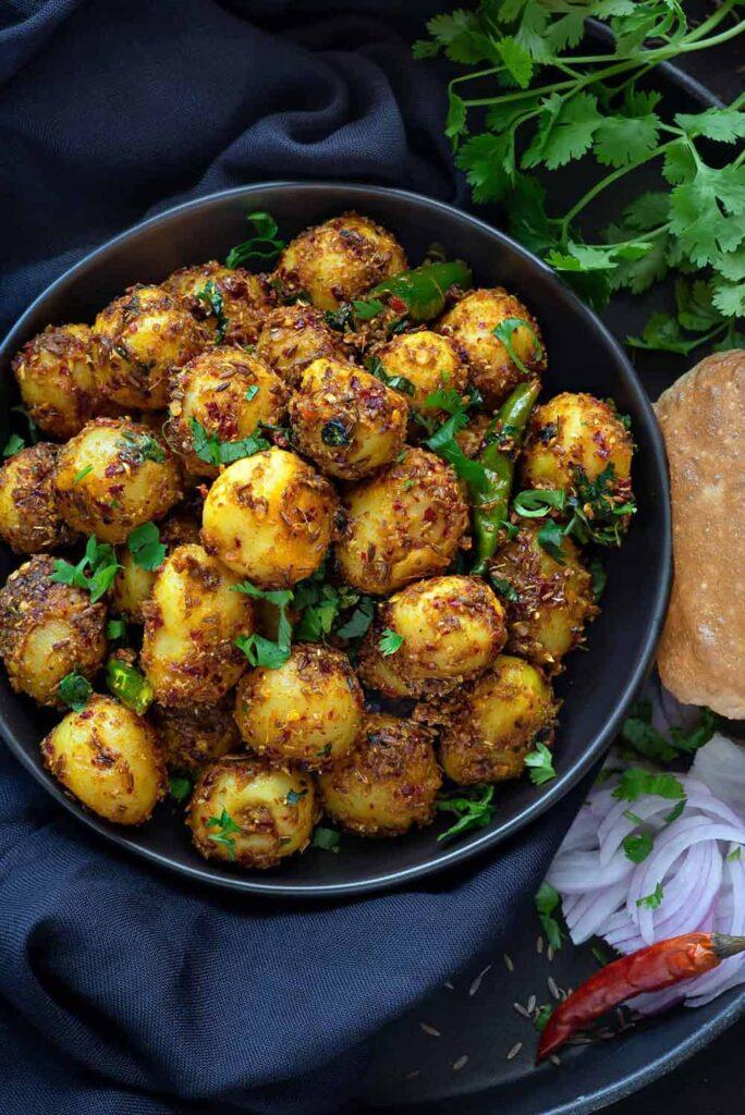 60 Vegetarian Asian Recipes - Jeera Aloo Recipe | Hurry The Food Up