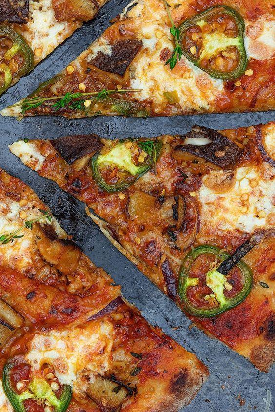 30 Best Veggie Pizza Recipes - Shiitake Mushroom Thyme Pizza | Hurry The Food Up