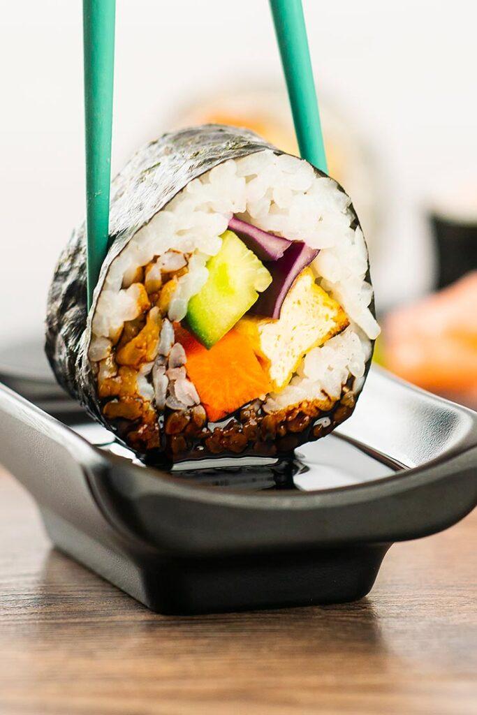 60 Vegetarian Asian Recipes - Easy Homemade Vegan Sushi Recipe | Hurry The Food Up