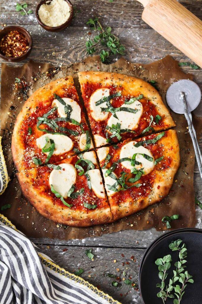 30 Ingenious Vegan Pizza Recipes - Basic Vegan Pizza | Hurry The Food Up