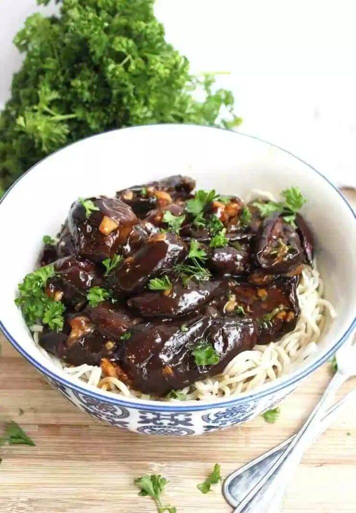 60 Vegan Asian Recipes - Roasted Baby Eggplant with Stir Fry Sauce | Hurry The Food Up