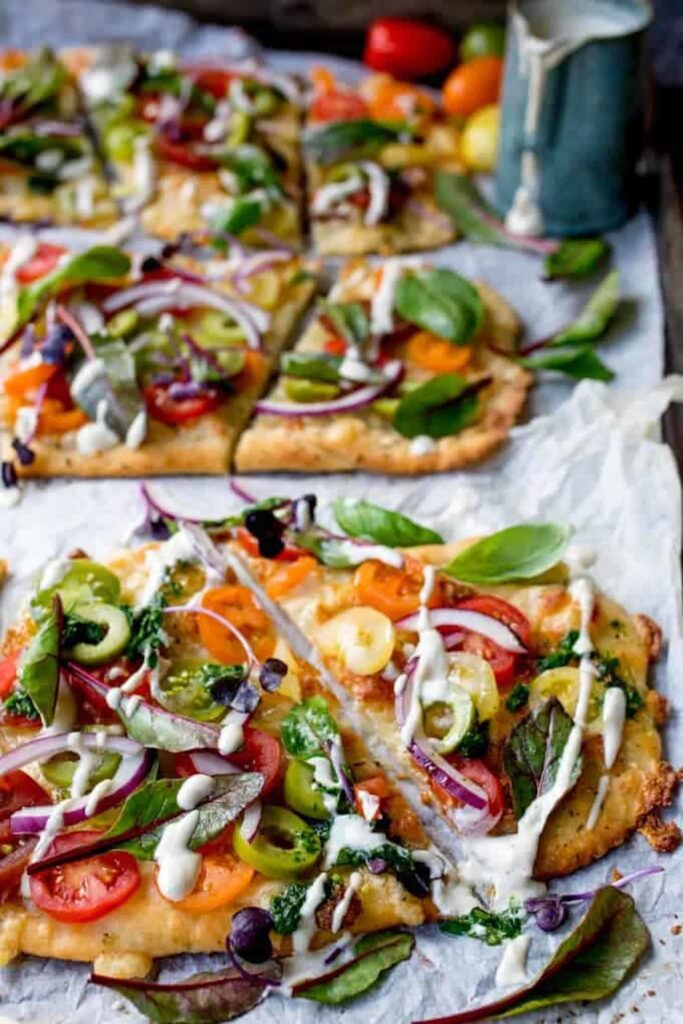30 Best Veggie Pizza Recipes - Flatbread Tomato Pizza with Garlic Butter | Hurry The Food Up