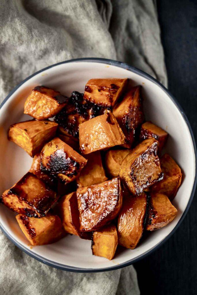 60 Vegetarian Asian Recipes - Korean Sweet Potatoes (Candied Sweet Potato) | Hurry The Food Up
