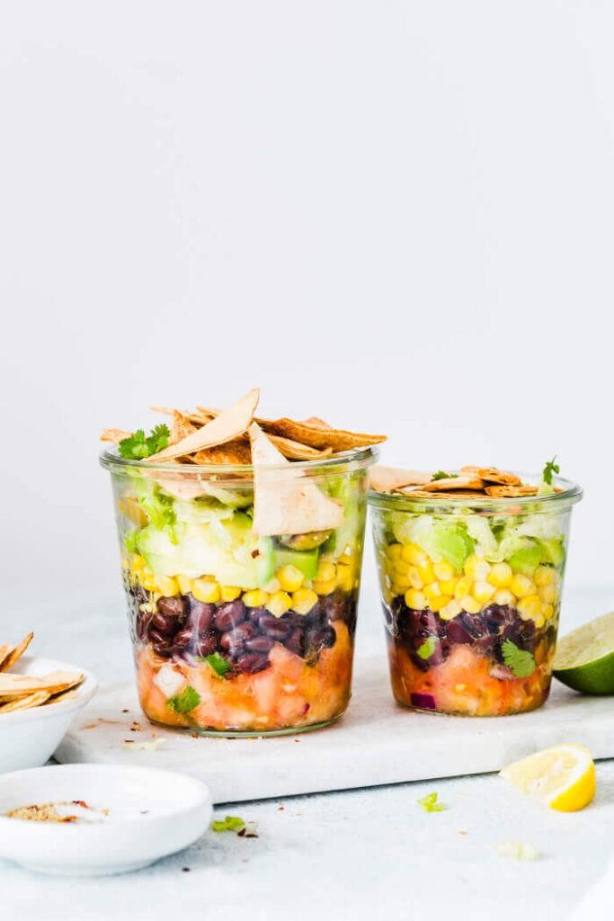 50 Vegan Mexican Recipes - Mexican Mason Jar Salad | Hurry The Food Up