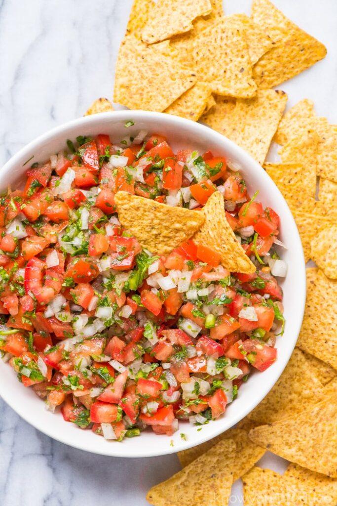 50 Vegan Mexican Recipes - Pico de Gallo | Hurry The Food Up