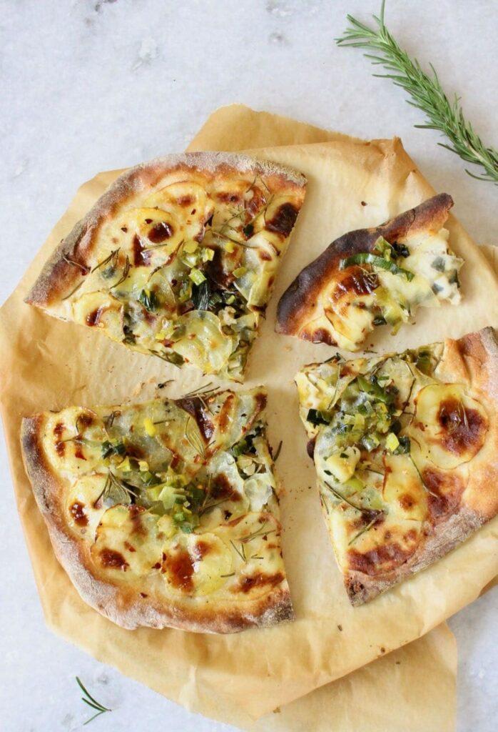 30 Ingenious Vegan Pizza Recipes - Potato Pizza | Hurry The Food Up