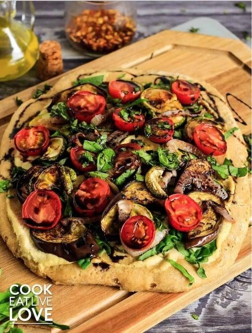 30 Ingenious Vegan Pizza Recipes - Roast Veg White Pizza | Hurry The Food Up