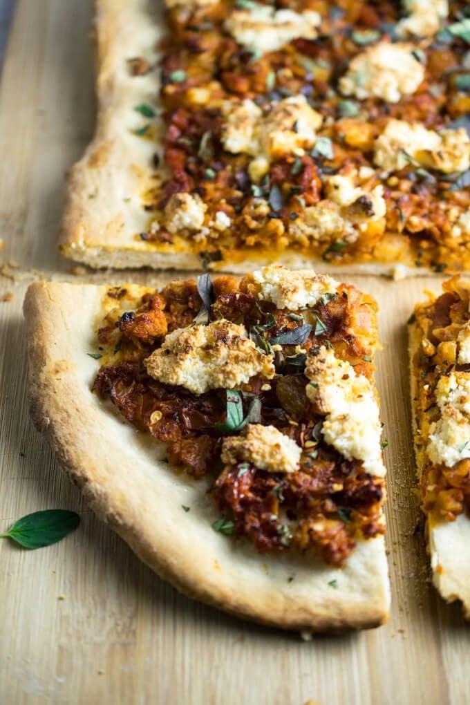 30 Ingenious Vegan Pizza Recipes - Sicilian Cauliflower Pizza | Hurry The Food Up