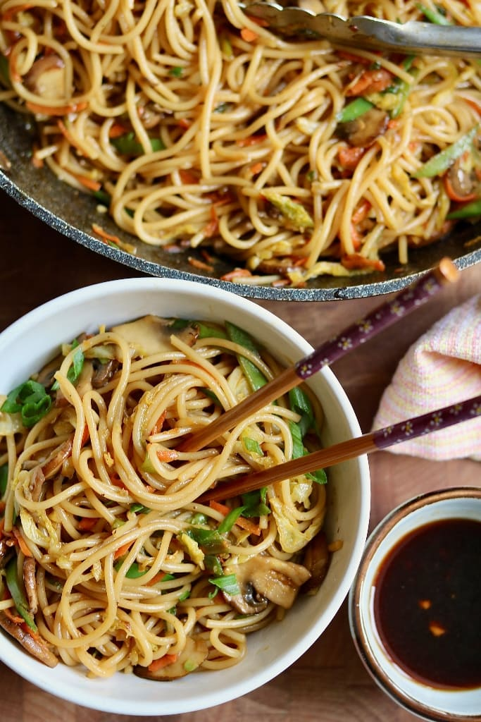 60 Vegan Asian Recipes - Best Teriyaki Noodles with Homemade Teriyaki Sauce | Hurry The Food Up