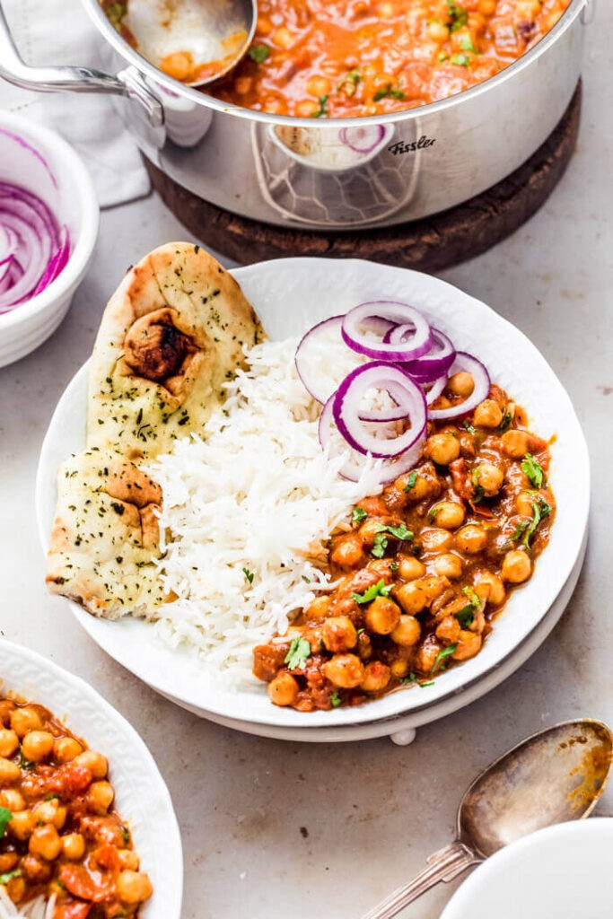 60 Vegetarian Asian Recipes - Vegan Chickpea Tikka Masala | Hurry The Food Up