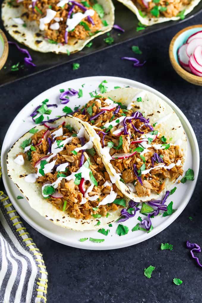 50 Vegan Mexican Recipes - Jackfruit Carnitas Tacos | Hurry The Food Up
