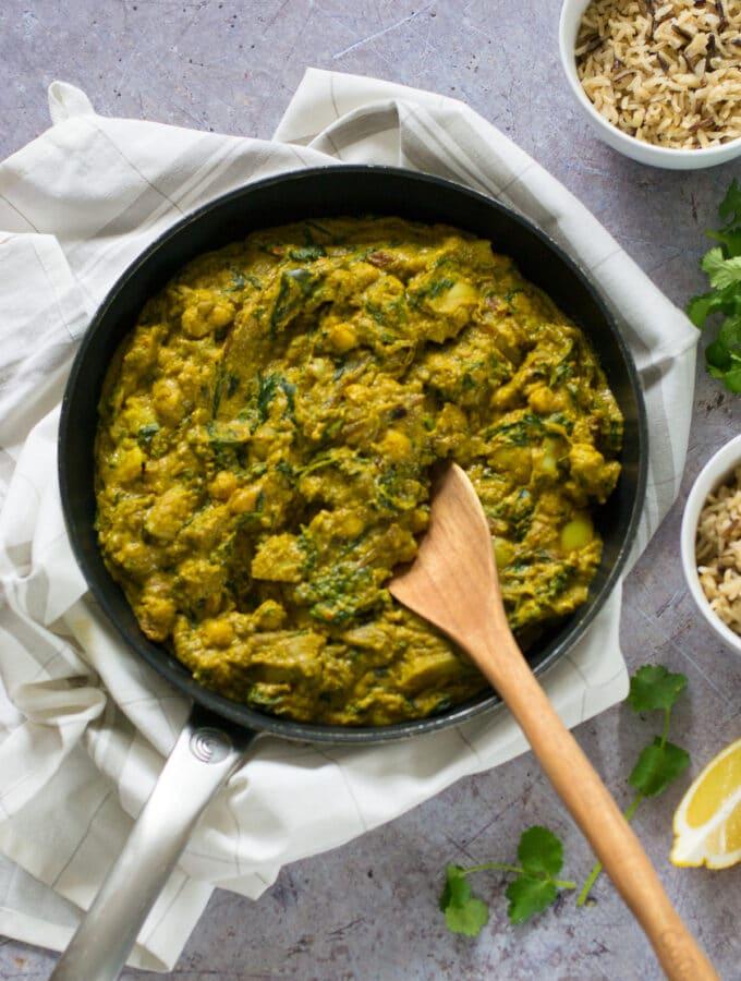 60 Vegetarian Asian Recipes - Vegan Korma with Coconut Yoghurt Sauce | Hurry The Food Up