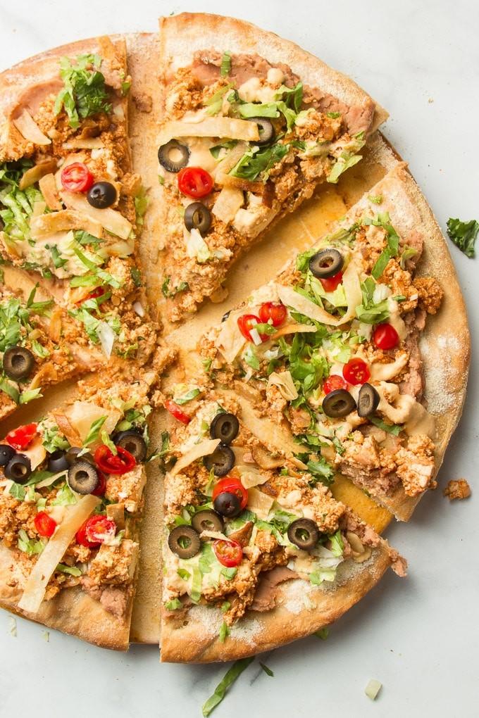 30 Ingenious Vegan Pizza Recipes - Vegan Taco Pizza| Hurry The Food Up