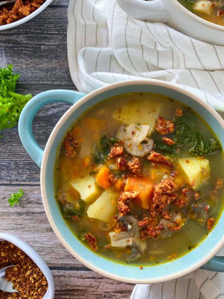 30 Vegan Italian Recipes - Vegan Zuppa Toscana | Hurry The Food Up