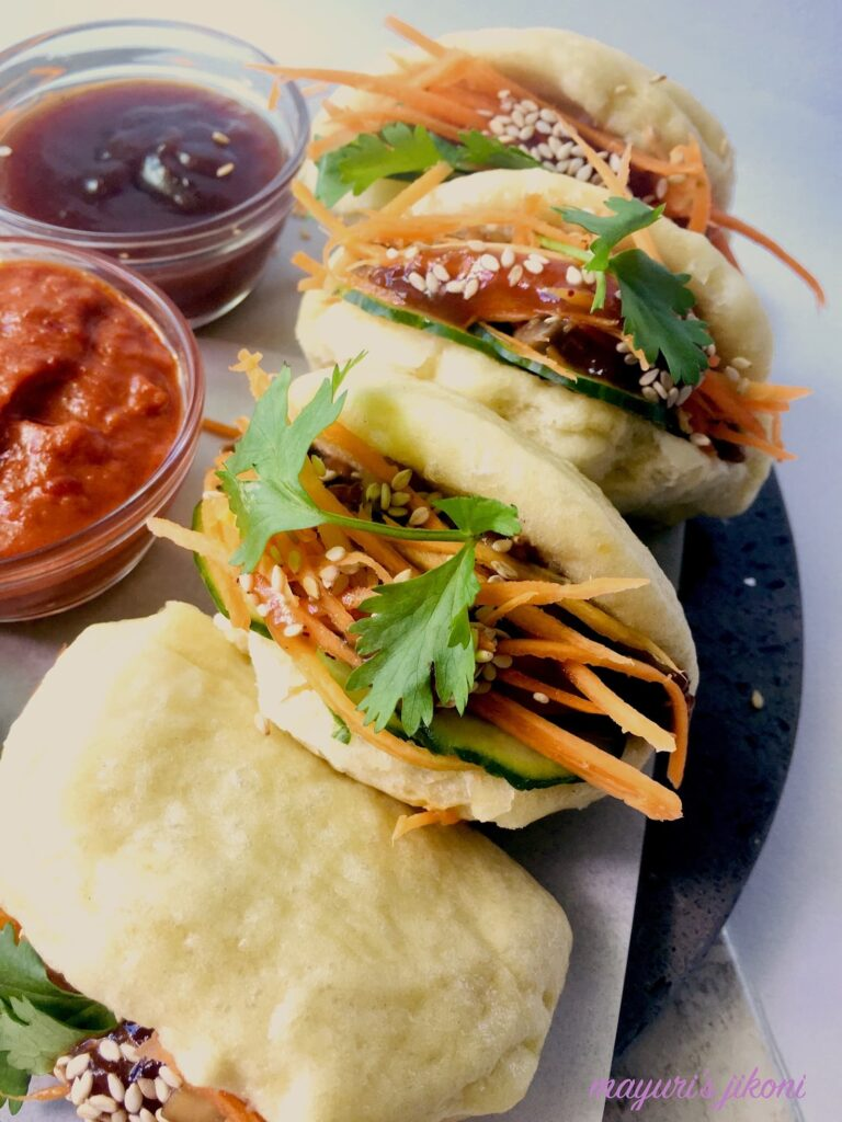 20 Mouth-Watering Vegetarian Chinese Recipes - Bao buns with sweet and sour sauce | Hurry The Food Up