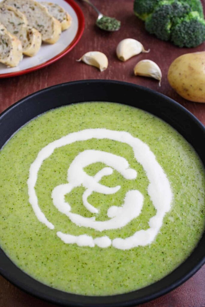 30 Low Fat Vegan Recipes - Broccoli Potato Soup | Hurry The Food Up