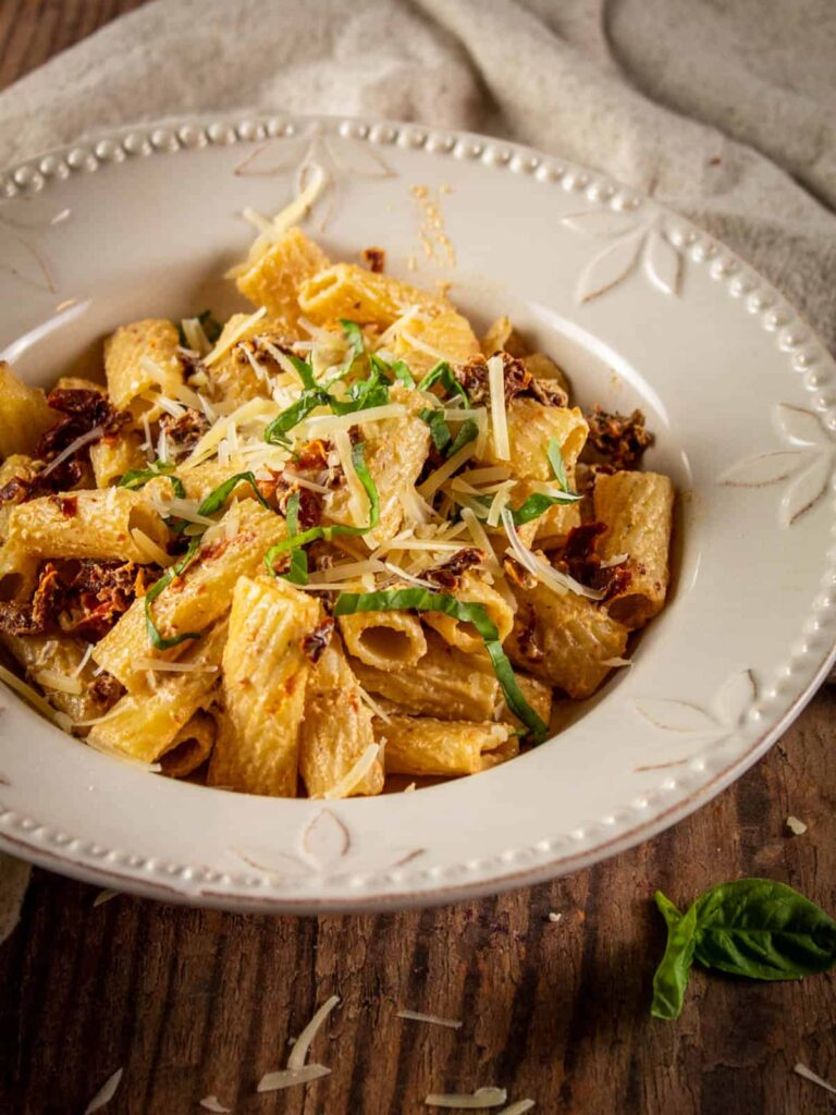 60 Perfect Vegetarian Dinner Recipes - Creamy Sundried Tomato Pasta   Hurry The Food Up