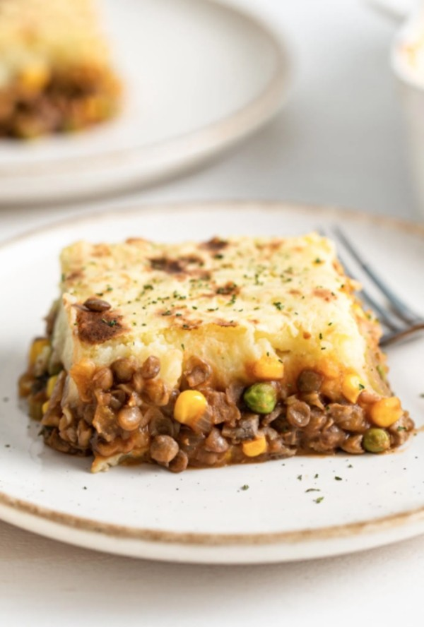 30 Low Fat Vegan Recipes - Lentil Shepherds Pie | Hurry The Food Up