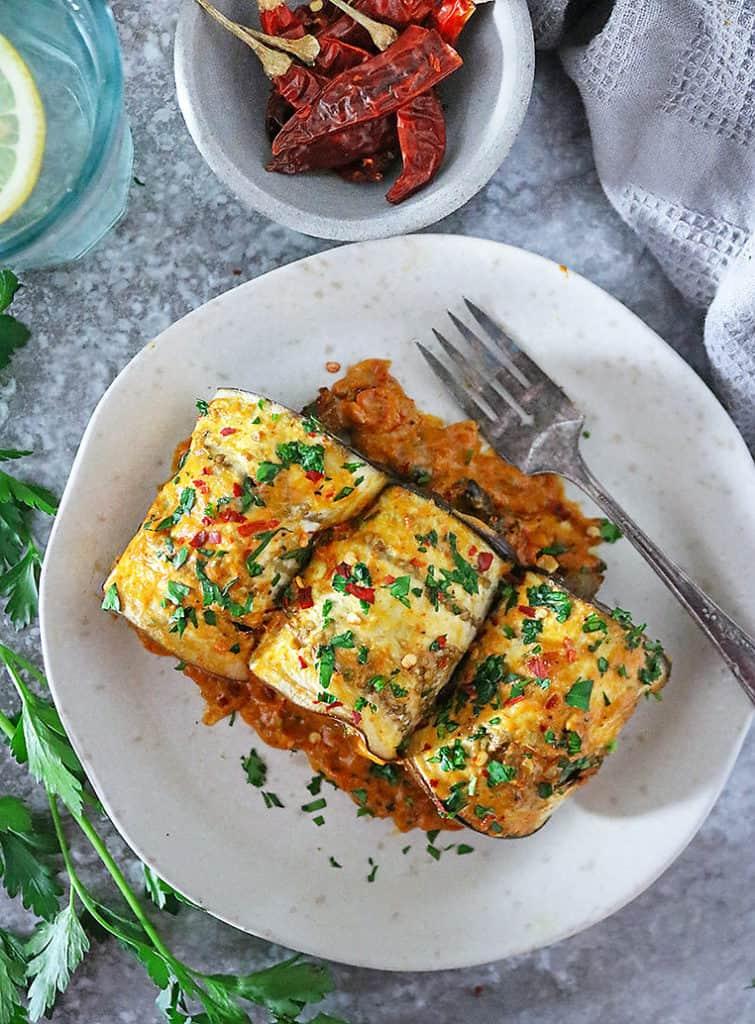 30 Vegan Italian Recipes - Vegan Eggplant Rollatini | Hurry The Food Up