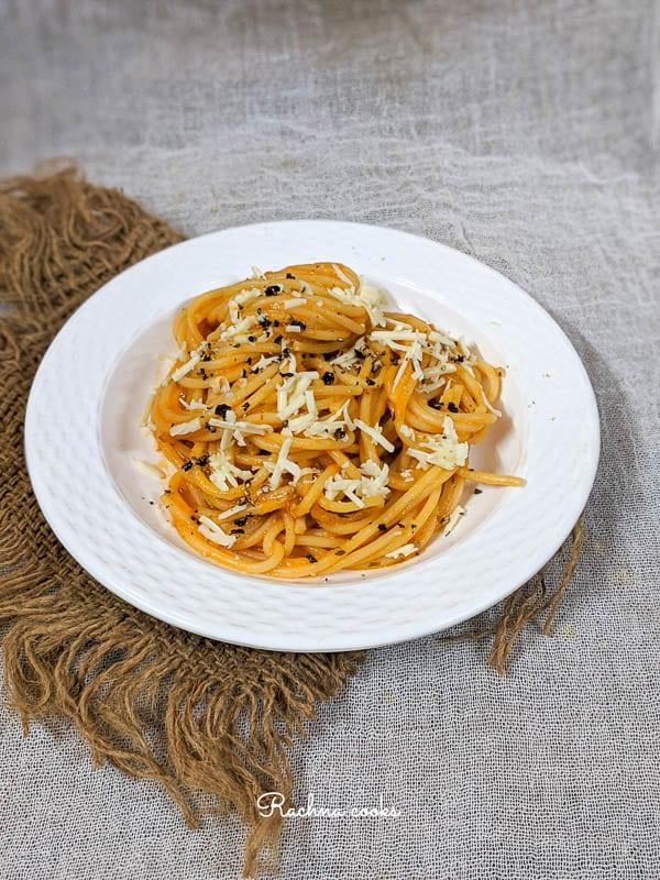 30 Vegan Italian Recipes - Creamy Pumpkin Pasta | Hurry The Food Up