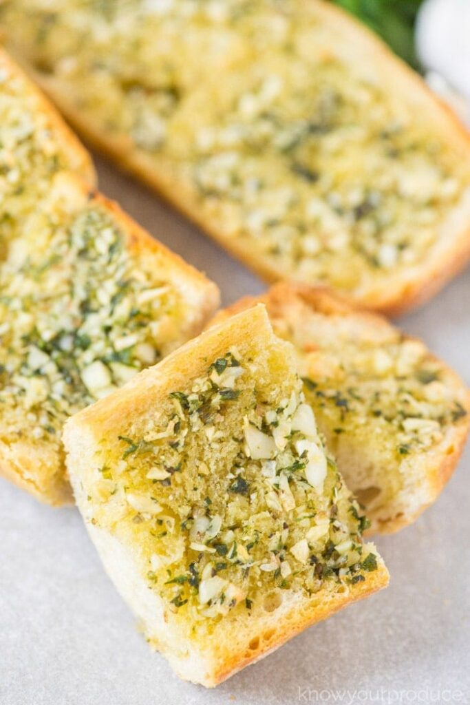 30 Vegan Italian Recipes - Vegan Garlic Bread | Hurry The Food Up