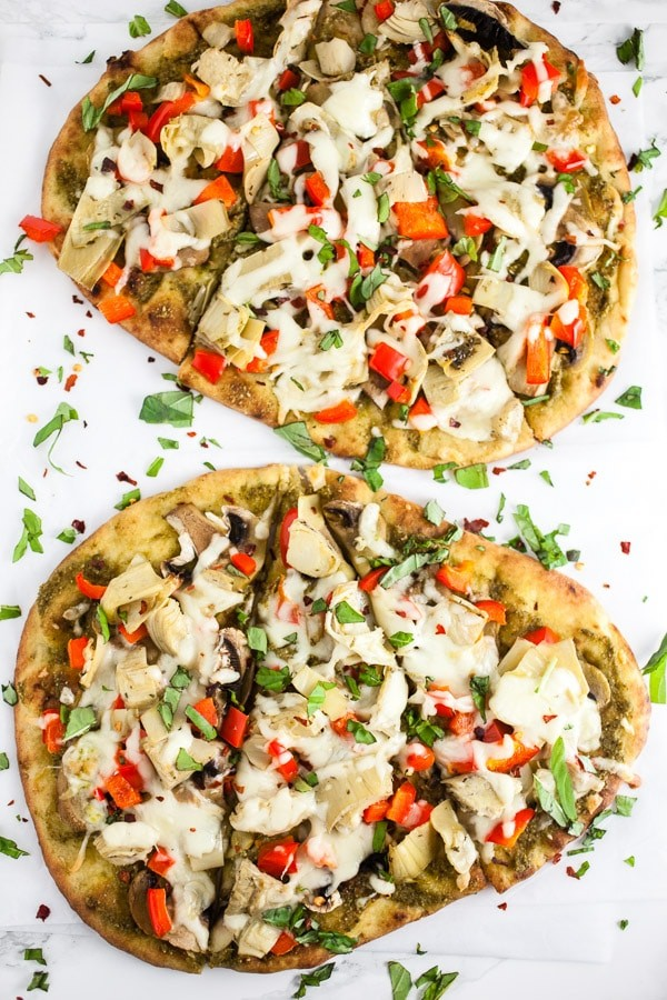 45 Summery Vegetarian Mediterranean Recipes - Mediterranean Veggie Naan Pizza| Hurry The Food Up