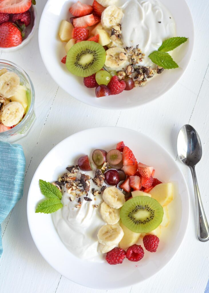 50 Healthy Vegetarian Recipes - Healthy Greek Yogurt Fruit Salad   Hurry The Food Up