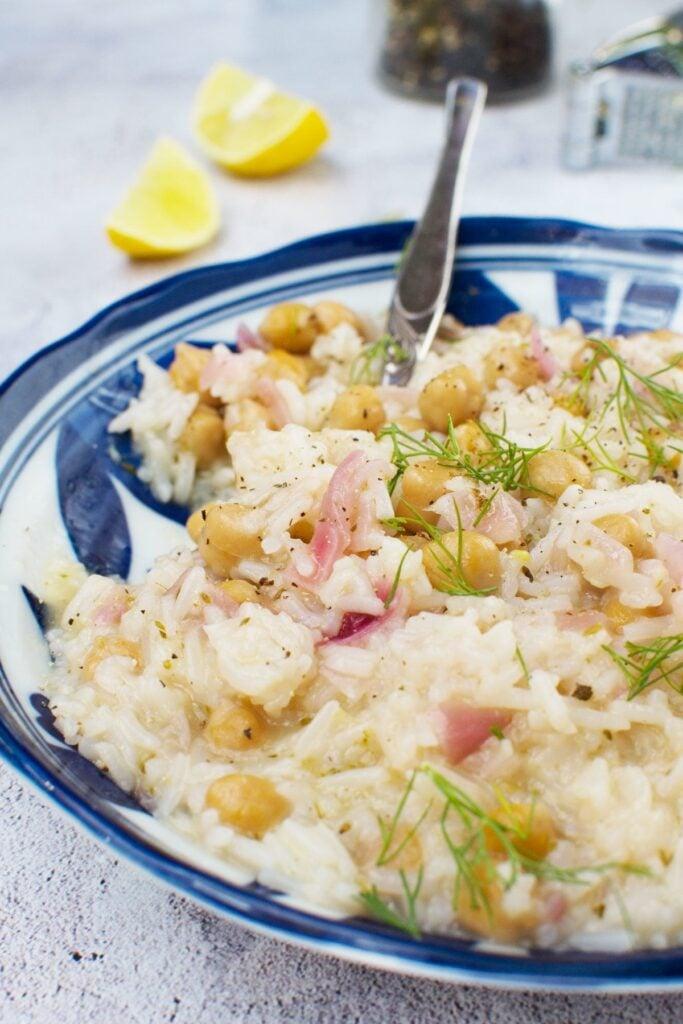 45 Summery Vegetarian Mediterranean Recipes -Lemon Mediterranean Rice and Chickpeas | Hurry The Food Up