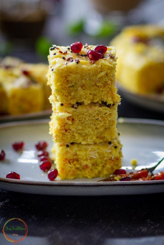 15 Incredible Indian Breakfasts for Weight Loss - Instant Khaman Dhokla| Hurry The Food Up