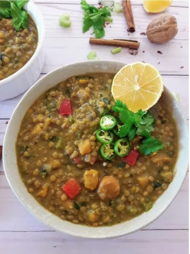 45 Summery Vegetarian Mediterranean Recipes - Moroccan Lentil Stew| Hurry The Food Up