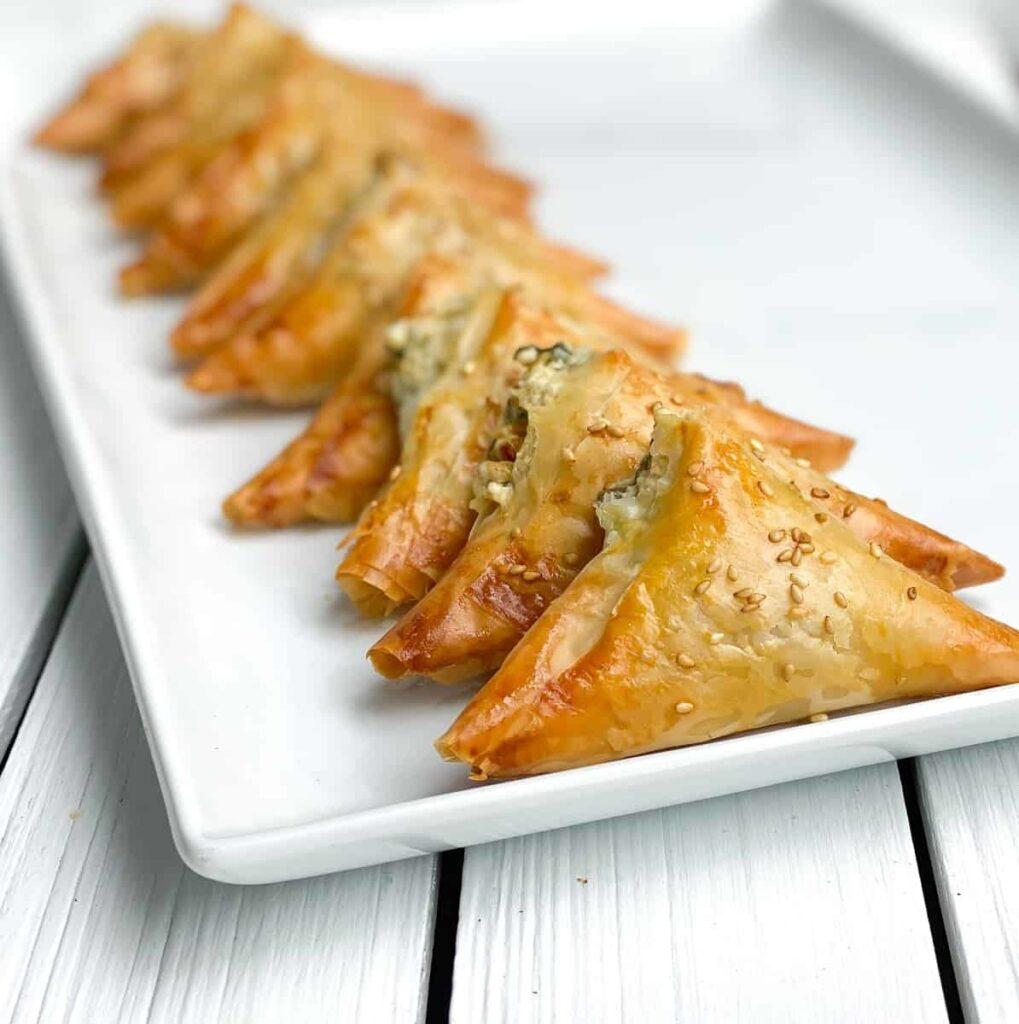45 Summery Vegetarian Mediterranean Recipes - Spanakopita Triangles | Hurry The Food Up