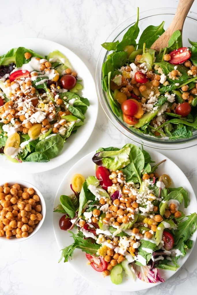 40 Vegetarian Low Calorie Meals -Summery Buffalo Chickpea Salad | Hurry The Food Up