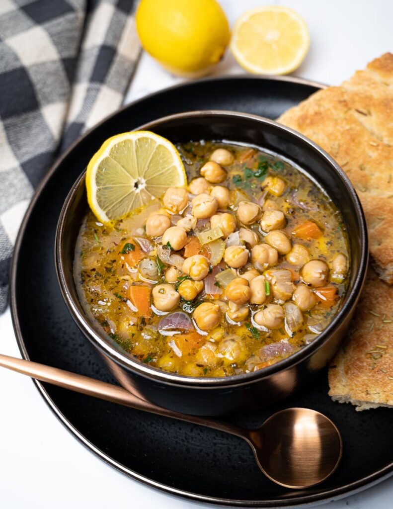 40 Vegetarian Low Calorie Meals -Greek Chickpea Soup with Lemon (Revithia) | Hurry The Food Up