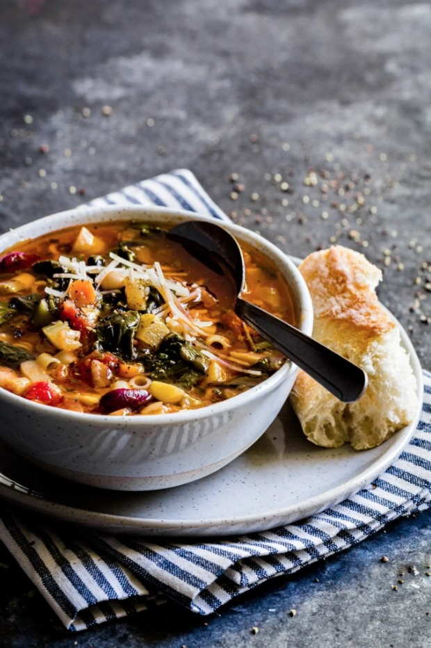 17 Healthy Vegetarian Soup Recipes for Weight Loss - Minestrone Soup   Hurry The Food Up
