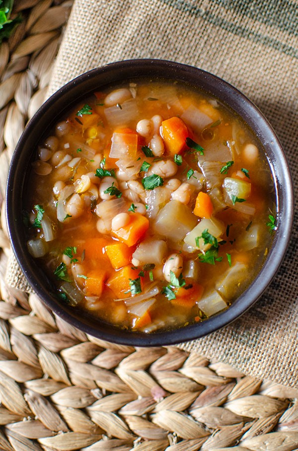 17 Healthy Vegetarian Soup Recipes for Weight Loss - Slow Cooker Navy Bean Soup   Hurry The Food Up