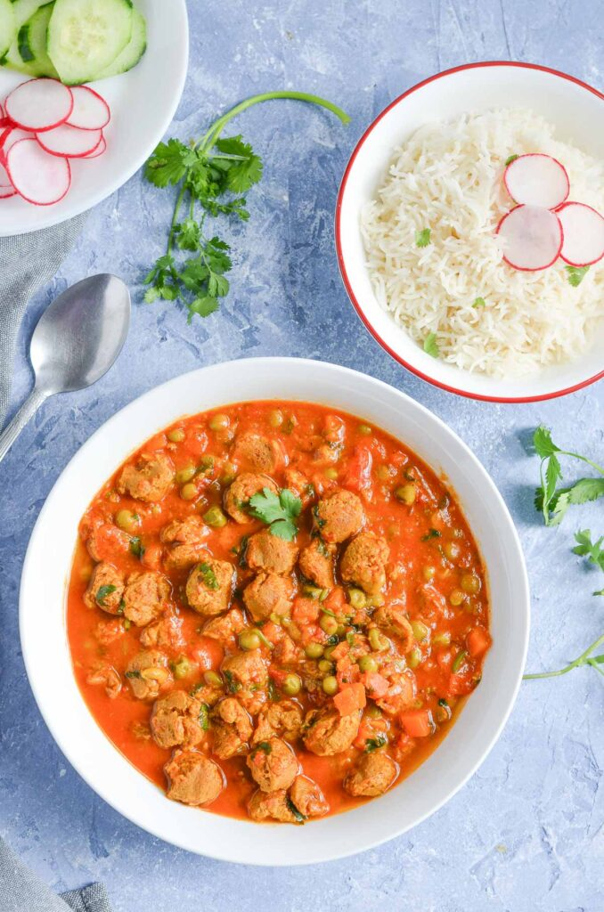 Top 10 Indian Recipes for Weight Loss - Veggie Chunks Curry | Hurry The Food Up