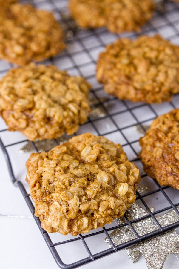 10 Low Calorie Oatmeal Cookies - Oatmeal Cookies | Hurry The Food Up