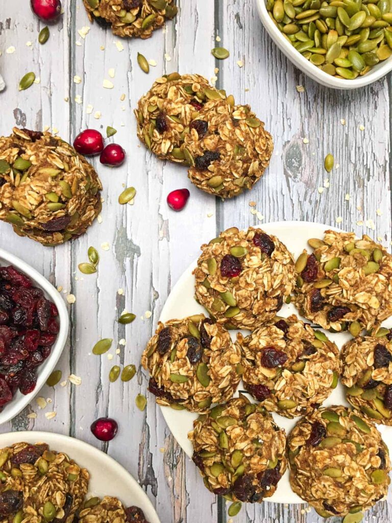 10 Low Calorie Oatmeal Cookies - Vegan Cranberry Oatmeal Cookies | Hurry The Food Up